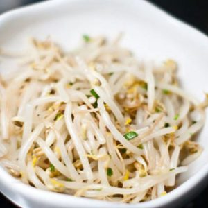 sukju-namul-korean-bean-sprout-salad.2048